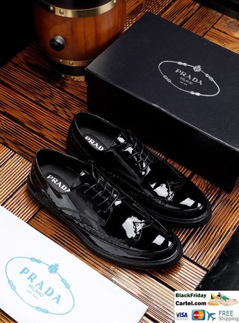 High Quality Prada 2019 New Men's Black Leisure Leather Shoes