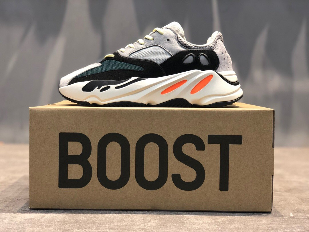 Yeezy Boost 700 Wave Runner Grey&Blue&Green Clunky Sneaker