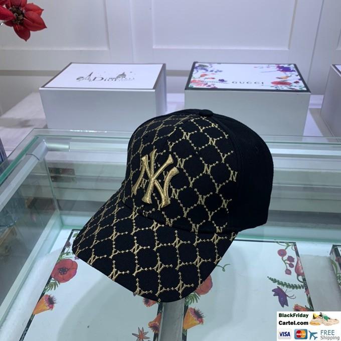 MLB Embroidered Baseball Hat In Black