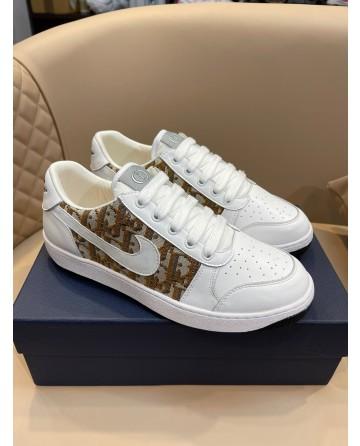 Gucci x Nike Oblique Print Sneakers Men Low