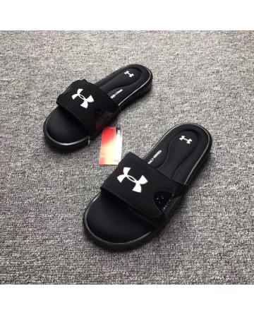 Under Armour Black Cotton Bottom Slippers