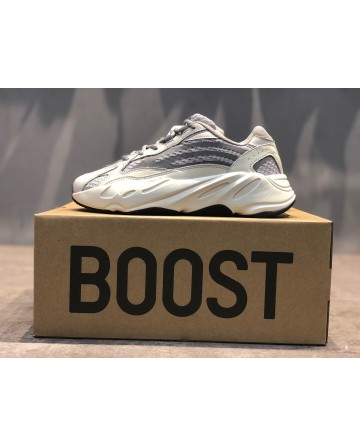 Yeezy Boost 700 Wave Runner Grey&White Dad Shoes 3M Reflective