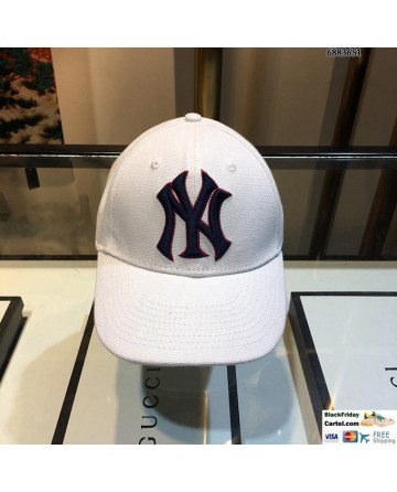 New York Yankees Adult Adjustable Hat White