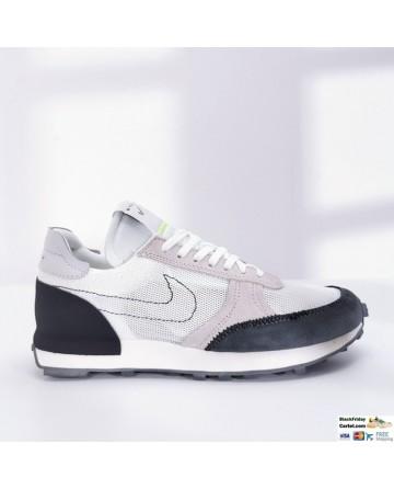 Nike Daybreak White & Black Low-top Sneakers