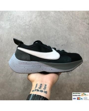 Nike Moon Racer Sneakers Black & Grey & White