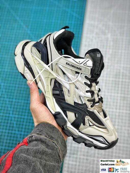 Balenciaga Track.2 Sneakers In White & Black